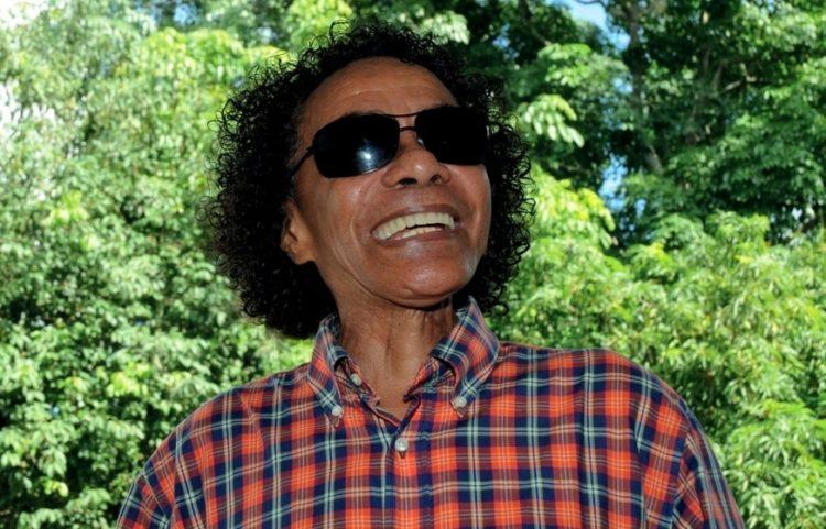 'Live' pelo aniversário de Chico da Silva